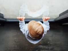 AZS u dzieci. Foto unspash.com
